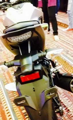 Yamaha MT-15 (2)