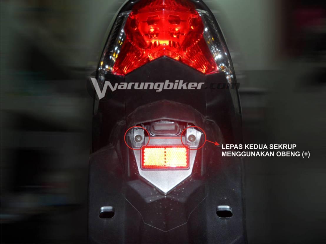 Cara Mengganti Lampu Rem Vario 125 - Vario 150  (1)
