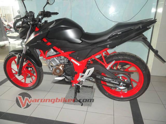 Honda New CB150R Spesial Edition (20)