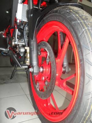 Honda New CB150R Spesial Edition (23)