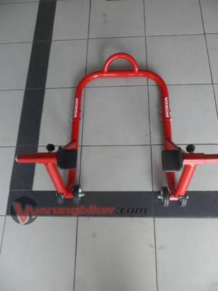 Paddock Stand CBR150R - CBR250R (1)