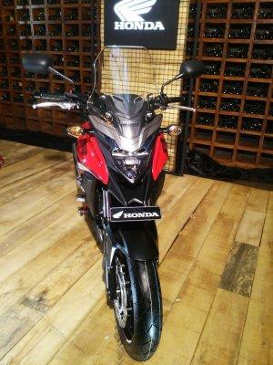 Honda CB650F, CBR500R, CB500F & CB500X (10)