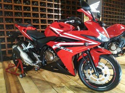 Honda CB650F, CBR500R, CB500F & CB500X (6)