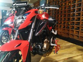 Honda CB650F, CBR500R, CB500F & CB500X (8)