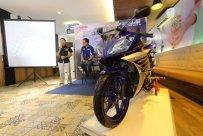 Yamaha R15 Facelift 2016 Racing Blue
