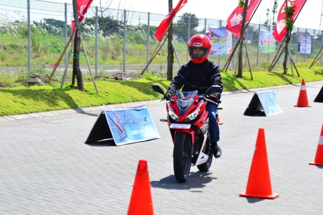 First Ride Impression All New CBR150R, Handling Mantab, Tarikan Responsif Bro-sist, (2)