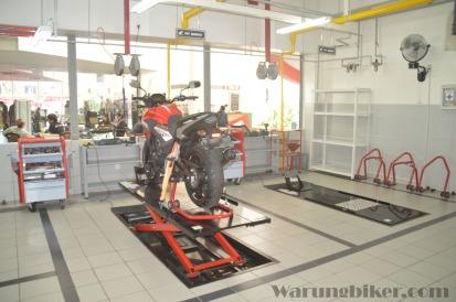 Pit & Dyno Test Big Bike (3)
