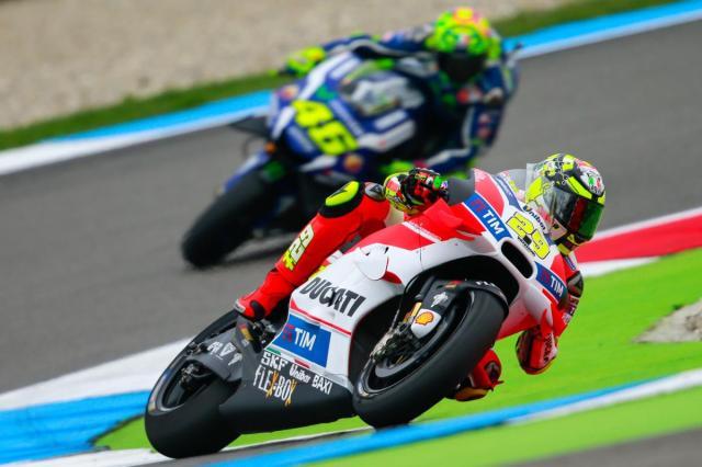 Iannone Tercepat di Sesi Warm Up MotoGP Assen, Belanda 2016