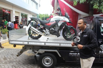 Serius Garap Pasar Big Bike di Jatim, AHM & MPM Distributor Resmikan Showroom Big Wing Surabaya (5)