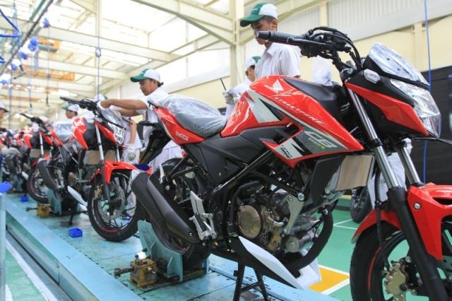 Baju Baru New Honda CB150R StreetFire (2)
