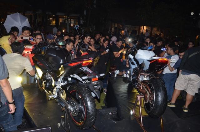 undang-1000-anggota-komunitas-ahm-gelar-cbr250rr-premiere-night