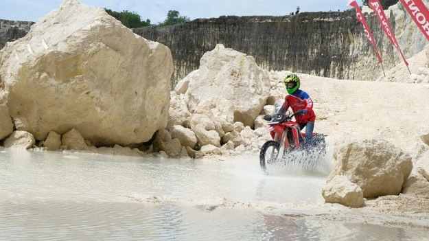 test ride honda CRF250RALLY (3).JPG