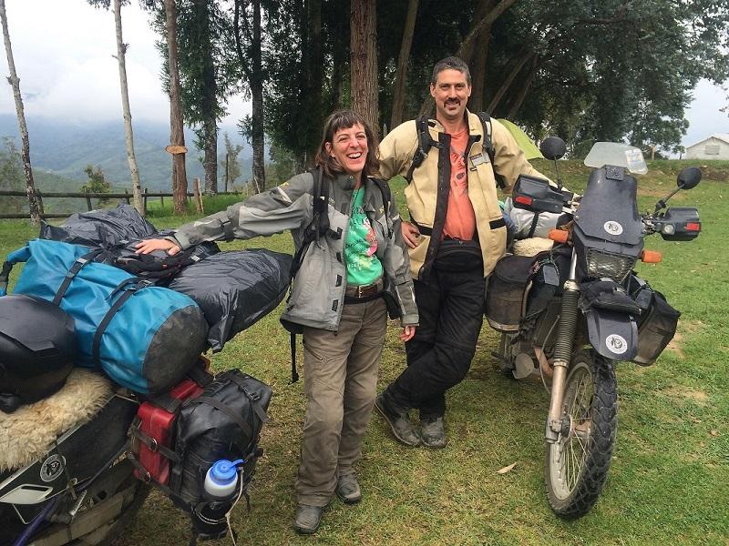 Mike Mills dan Shannon Mills, Keliling Dunia Pakai Suzuki DR650 (2).jpg