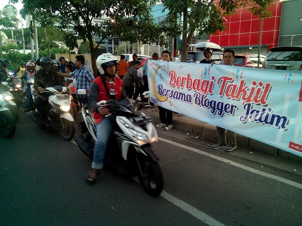 Berbagi Kebaikan, MPM Ajak Blogger Jatim dan Anak Yatim Bukber Serta Bagi Takjil Gratis (1).jpg