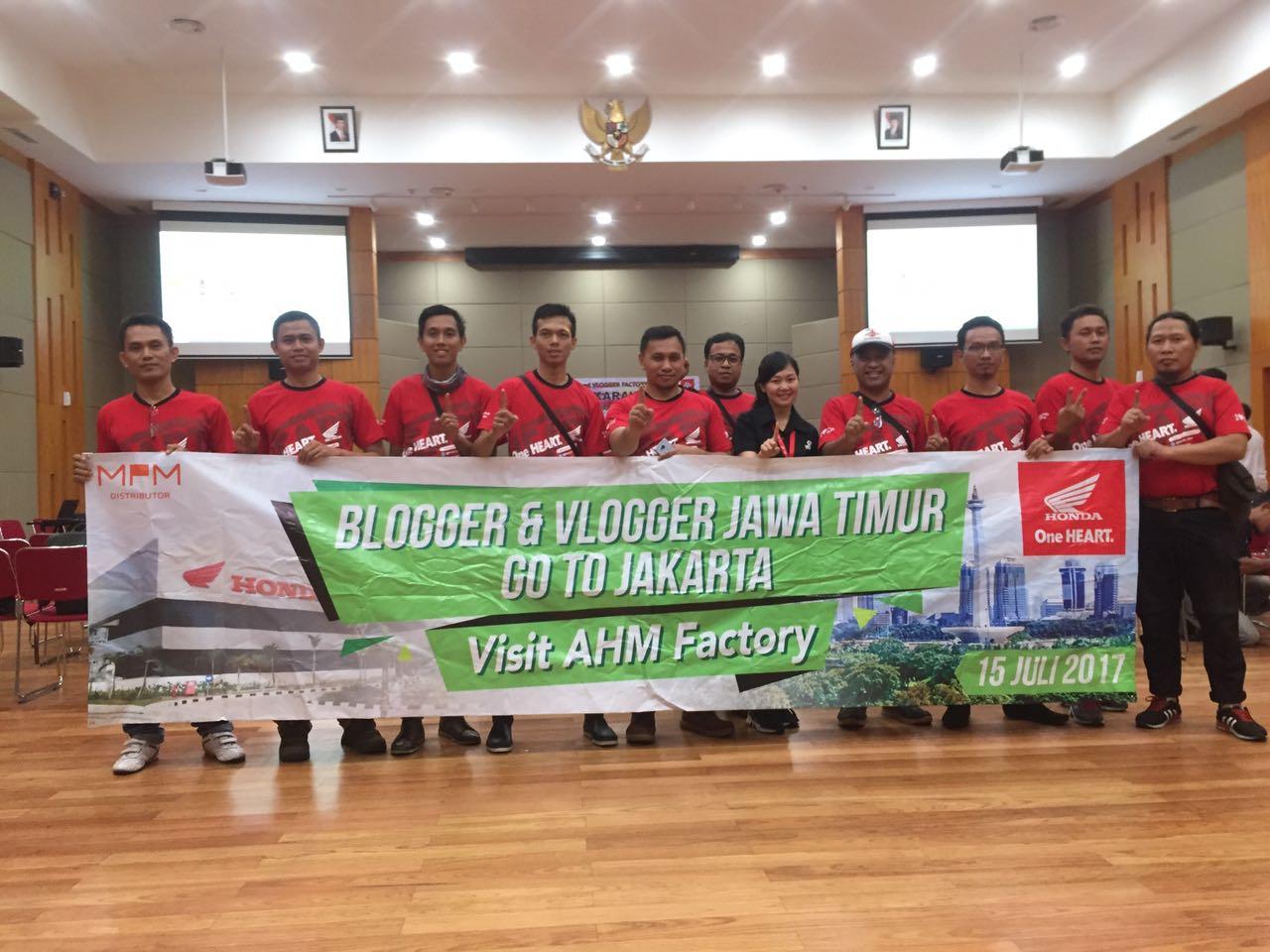 AHM Factory Visit, 55 Blogger dan Vlogger Otomotif Senusantara Sambangi Plant 4 dan 5 AHM di Karawang (1).jpeg