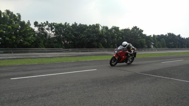 Speed Challenger GSX-R150 2.jpg