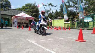 Kampanye #Cari_Aman, MPM Honda Jatim Gelar Safety Riding di DEPAG Kota Kediri (5)