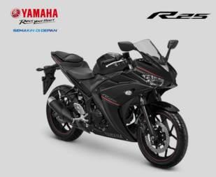 Jelang Tutup Tahun 2017, Yamaha Segarkan warna dan grafis YZF-R25 (1)