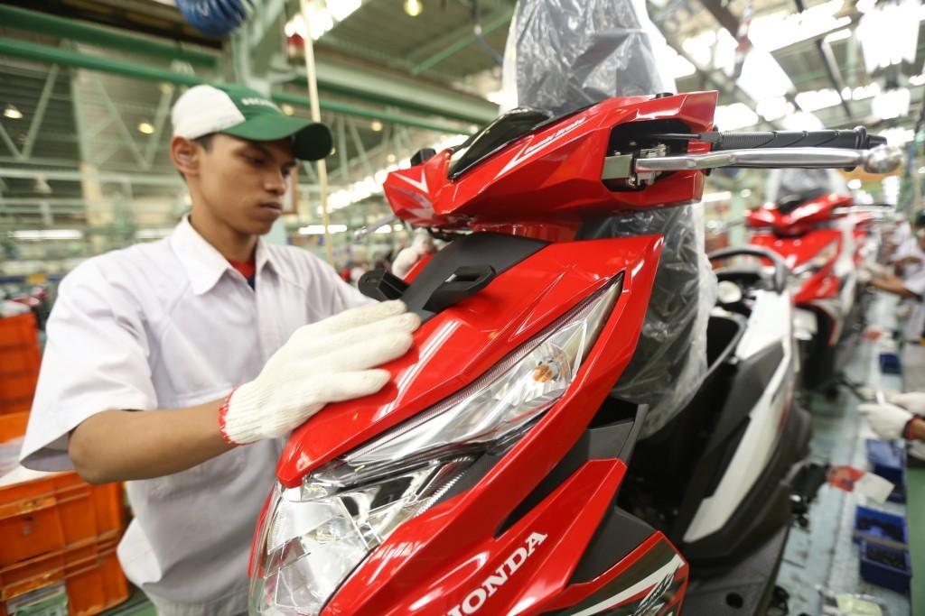 Sambut Tahun Baru 2018, AHM Luncurkan Grafis Baru New Honda BeAT eSP dan New Honda BeAT Street eSP (1)