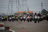 Ratusan Bikers Meriahkan MPM Track Day Honda CBR 2018 di Sirkuit Gelora Bung Tomo, Surabaya (10)