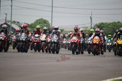 Ratusan Bikers Meriahkan MPM Track Day Honda CBR 2018 di Sirkuit Gelora Bung Tomo, Surabaya (3)