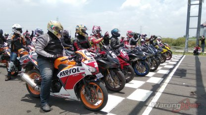 Ratusan Bikers Meriahkan MPM Track Day Honda CBR 2018 di Sirkuit Gelora Bung Tomo, Surabaya (9)