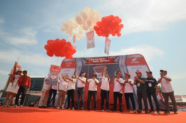 Hadirkan Kelas Baru U12, MPM Sukses Gelar HDC 2018 Seri 3 di Sirkuit Internasional Bung Tomo, Surabaya (1)