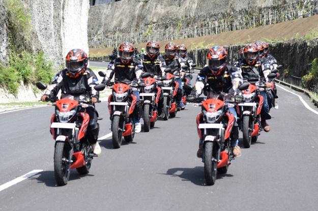suzuki bandit,gsx150 bandit, touring suzuki,