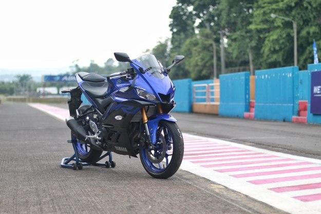 Ini Harga New Yamaha R25 Facelift di Karesidenan Kediri dan Madiun (Plat AG-AE)