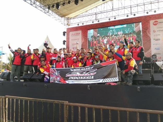 Spesial, Komunitas CRF250 Rally Indonesia Lakukan Deklarasi di Honda Bikers Day 2018 (2)