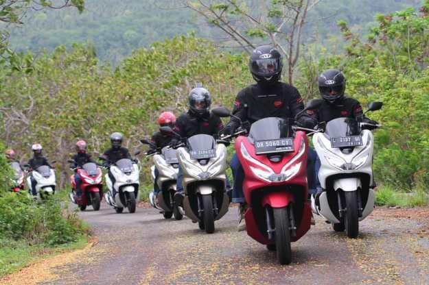 Tangguh! Honda PCX Digeber Sejauh 1400KM, Lintasi 4 Pulau di Indonesia Timur (2)