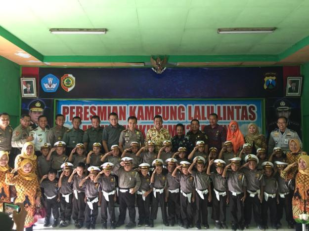 Peduli Keselamatan Berkendara, MPM Dukung Peresmian Kampung Lalu Lintas Di Kabupaten Mojokerto (1)
