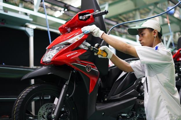 AHM Rilis Warna Baru New Honda BeAT eSP dan New Honda BeAT Street eSP 2019.jpeg