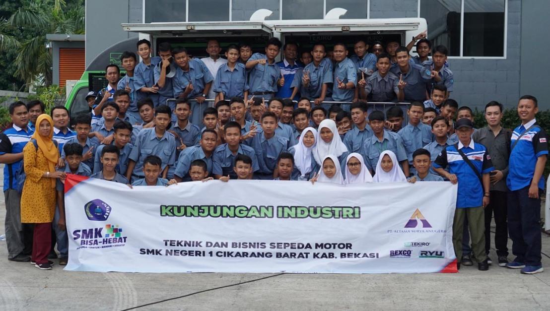 wujudkan program link and match, tekiro edukasi 70 siswa smk 1 cikarang barat (1)