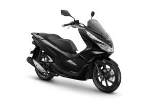 AHM_HondaPCXBrilliant Black