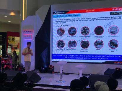 Lebih Dekat, MPM Gelar Honda Premium Matic Day di Icon Mall, Gresik (8)