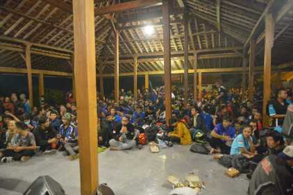 Ratusan Bikers Antusias Ikuti Suzuki Saturday Night Ride Yogyakarta (4)
