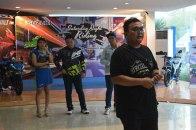 Pemilik & Komunitas Suzuki Surabaya Antusias Ikuti Saturday Night Ride (3)