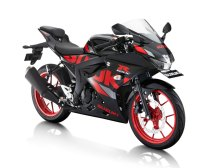 GSX-R150-Titan-Black-Rouge-Red-CW