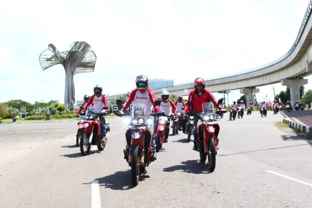 Honda Roadventure 2019 (2)