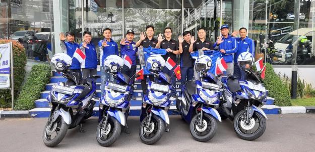 Rayakan 5 Tahun Teknologi Bluecore, 5 Bikers Yamaha Touring 5 Negara