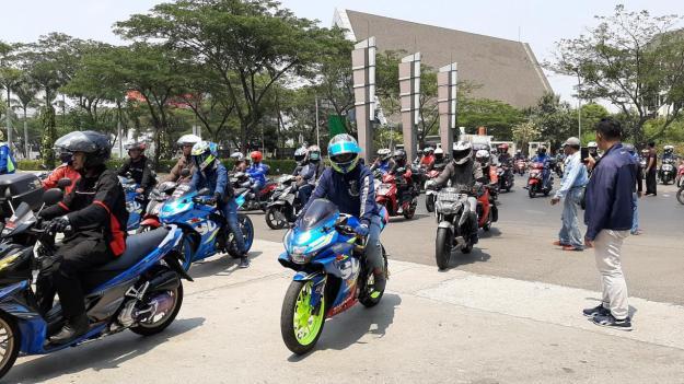 "Ribuan Bikers Suzuki Jadi Saksi Deklarasi Komunitas ""COSMIC"" (4)"
