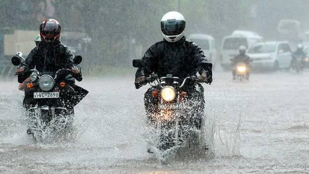 Ini-9-Tips-Jitu-Merawat-Motor-Saat-Musim-Hujan
