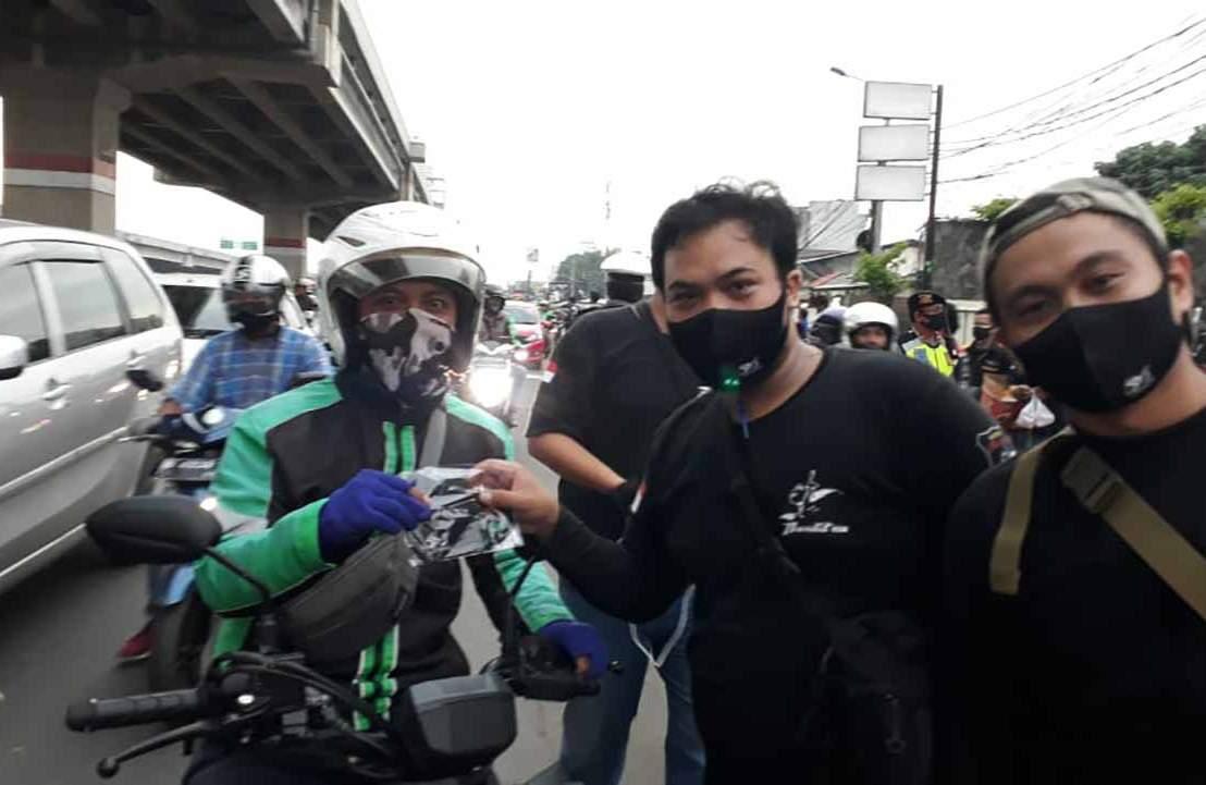 Gandeng Komunitas Bandit, Suzuki Bagikan MaskerGratis!